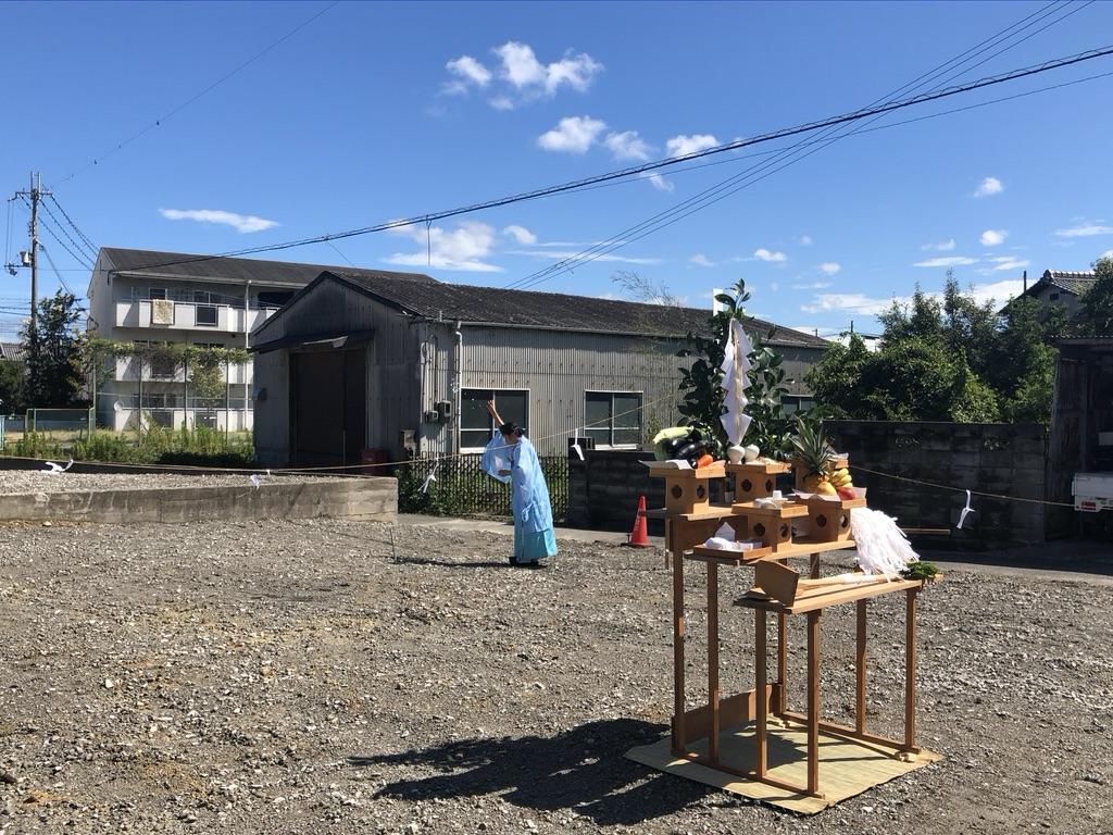 地鎮祭で工事中の安全祈願